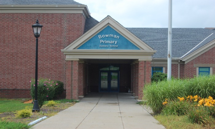 picture of exterior of Bowman Primary